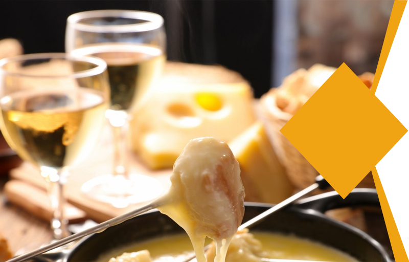 """Lunch or dinner cruise in Paris - """"Parisian Fondue"""" Package"""