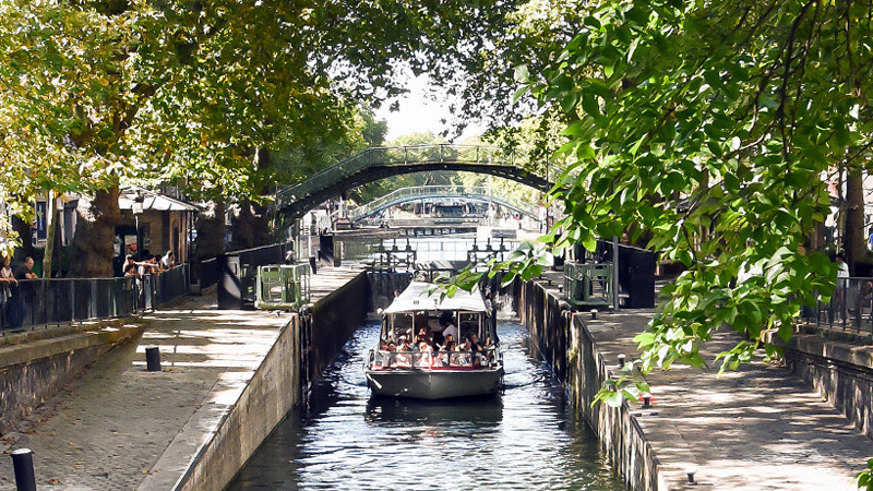 Our cruises on the Seine, the Marne river and Parisian canals